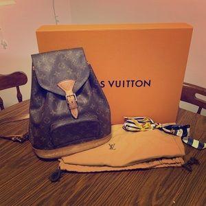 Louis Vuitton Monogram MM Backpack 💕